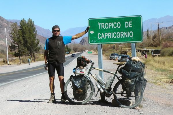 Thomas Meixner am Tropic of Capricorn (Argentinien)